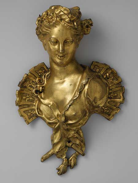 Decorative bust in gold