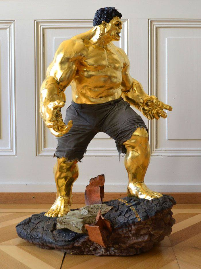 24k gold Hulk, gilded by hand, in our atelier in Switerland To have your own superhero covered in gold contact us http://bit.ly/2hak9pA