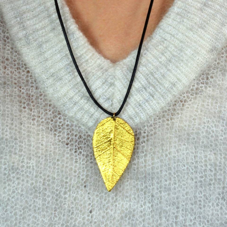 Willow leaf pendant covered with 24k gold leaf