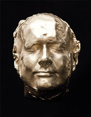This 10 kg of 18 ct gold sculpture is a part of a series of sculptures inspired by autoportraits of Rembrandt. Fascinating!